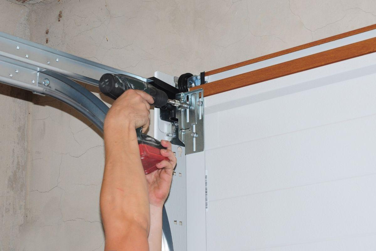 Garage Door Repair In Beaverton OR By ETS Garage Door Of Portland OR